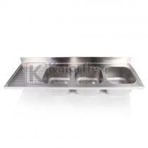 Hárommedencés mosogatófedlap csepegtetővel, balos. Méret: 2400x700 mm, medencék: 500x500x300 mm.